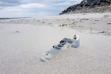 Liam McNamara dice que ha encontrado más de 100 zapatos