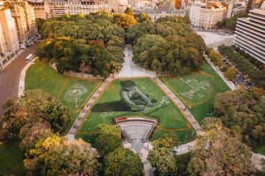 Sus obras pueden ser vistas por completo únicamente a través de imágenes tomadas desde el aire.