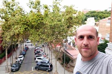 Javier Ressia cambió un vuelo por un pasaje de colectivo para adelantarse a las marchas