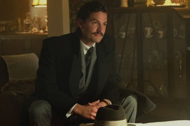 """""""Pennyworth"""": cómo es la serie que cuenta la historia de Alfred, el mayordomo de Batman"""