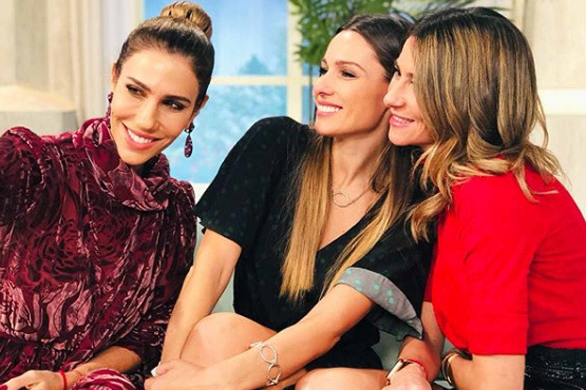 Pampita Ardohain no quiere strippers en su despedida de soltera