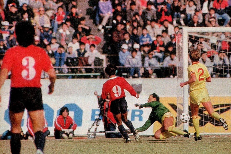 A 35 años de una final especial: el día en el que Independiente derrotó a Liverpool y se quedó con la Copa Intercontinental