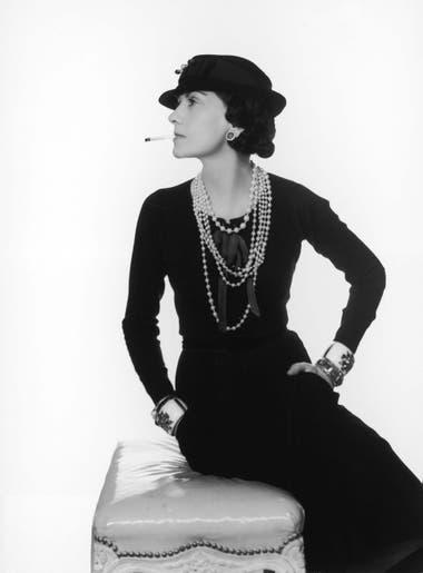 Coco Chanel le hizo campaña de marketing al negro