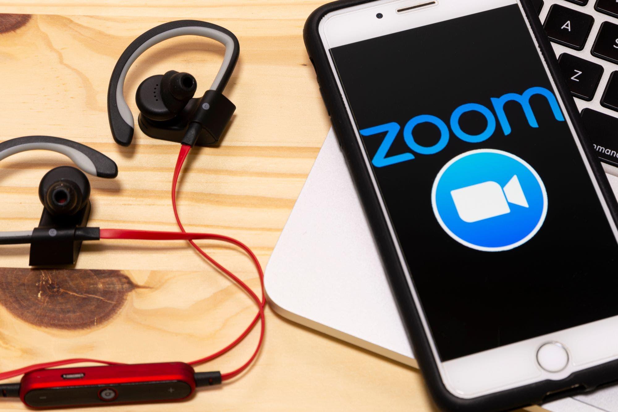 Zoom añade funciones para evitar la entrada de intrusos en las videollamadas
