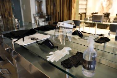 La cadena de peluquerías Cerini hizo una gran inversión en elementos de protección