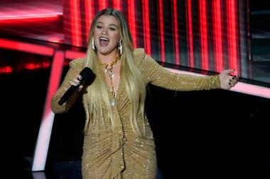 La presentadora de los Billboard Music Awards, Kelly Clarkson