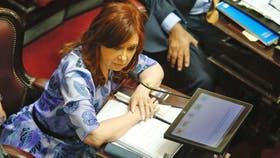 Cristina Kirchner debuta en el Senado