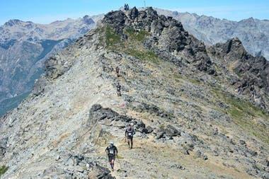 En el tercer día del Cruce de los Andes, arriba del cerro Catedral, Norma estaba en el límite de sus fuerzas.