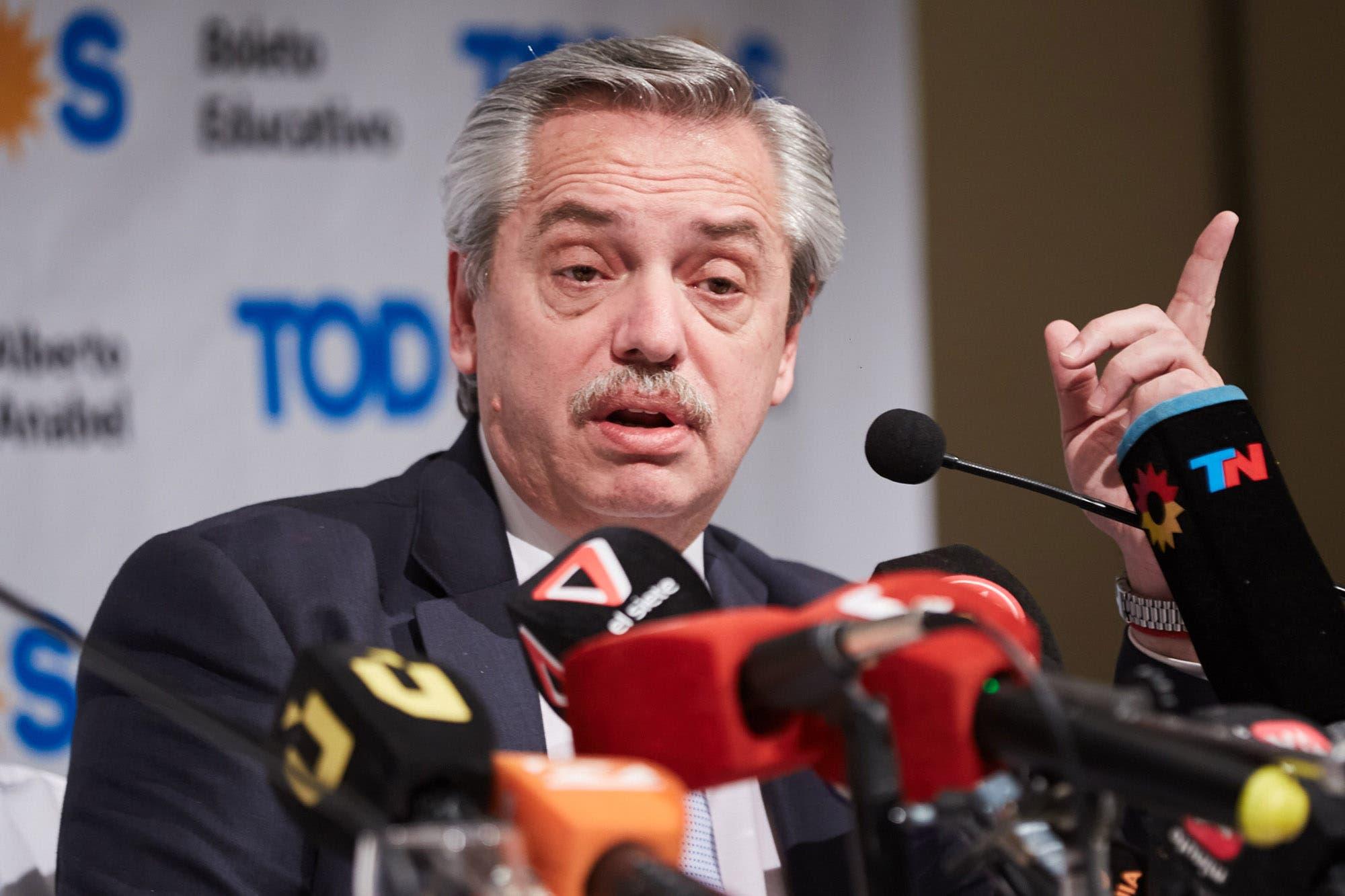 Alberto Fernández recibió al FMI y lo culpó por el agravamiento de la crisis