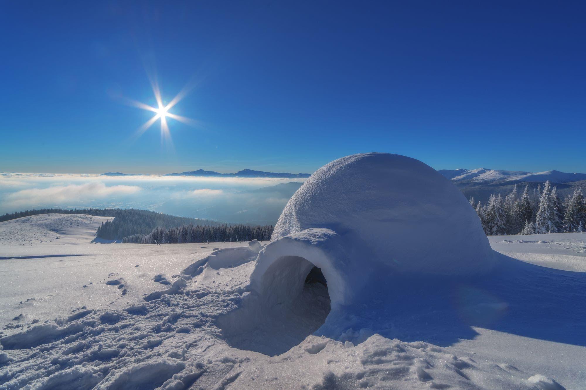 Por qué los inuits siguen construyendo iglús (y cómo lo hacen)