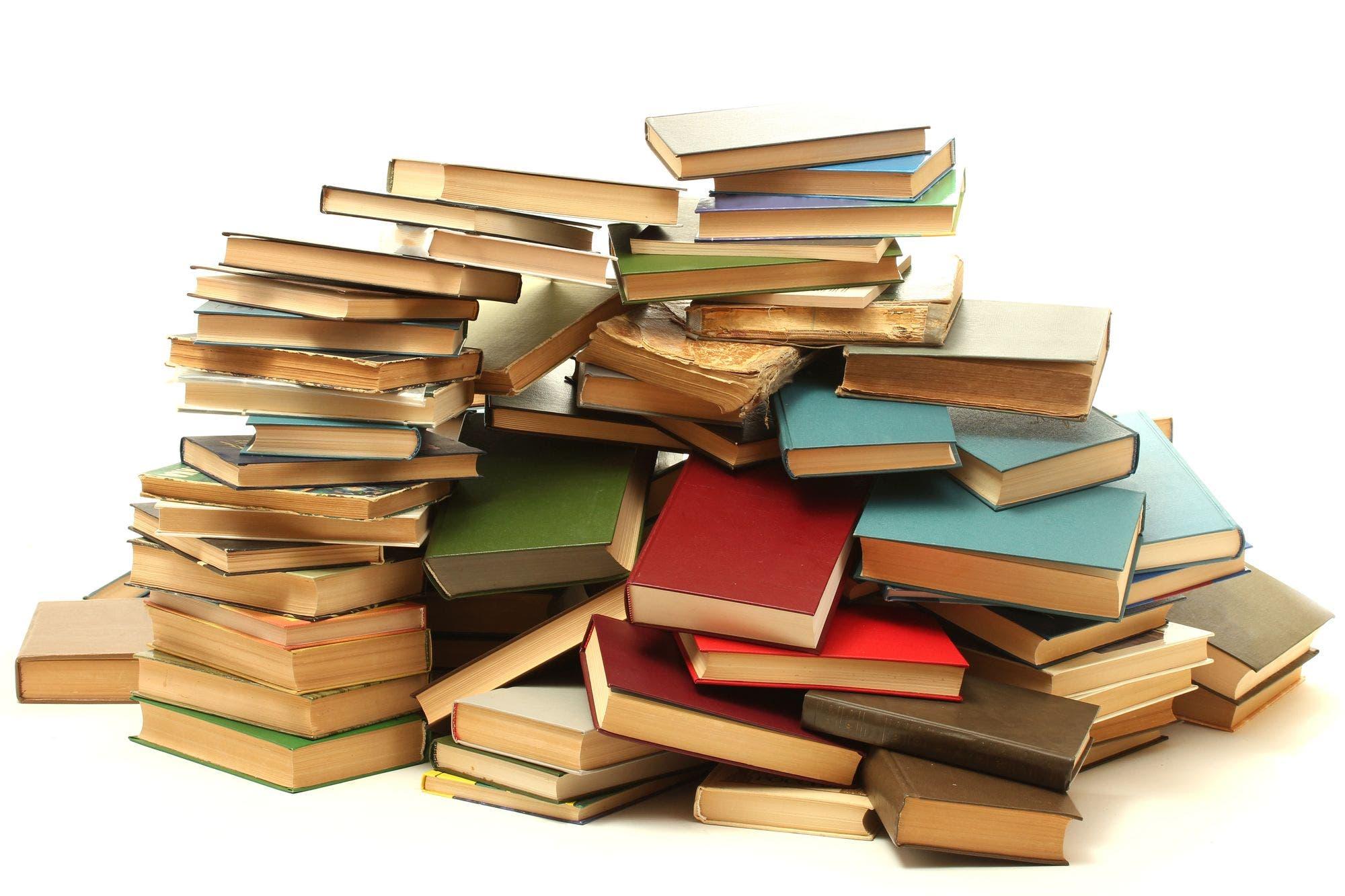 Cuatro editoriales denuncian al Internet Archive por publicar libros gratis por la Covid-19