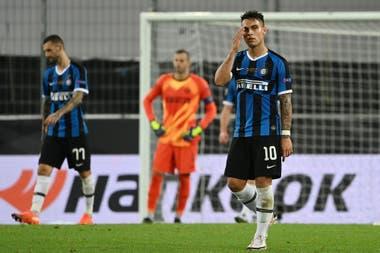 La desazón de Lautaro Martínez por la final de la Europa League perdida con Inter frente a Sevilla, de España, que lo venció 3-2 en Colonia, Alemania.