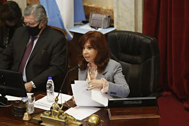 Cristina Kirchner, durante la sesión por la reforma judicial en el Senado