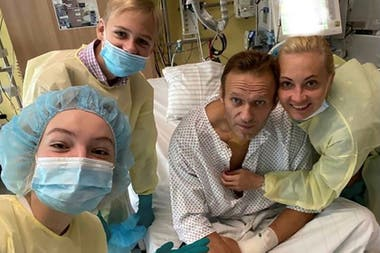 Alexéi Navalny habló por primera vez desde el hospital de Alemania en que se encuentra internado tras el episodio del 20 de agosto