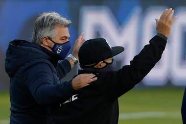 Maradona, en el homenaje que se le realizó el viernes pasado en el estadio de Gimnasia