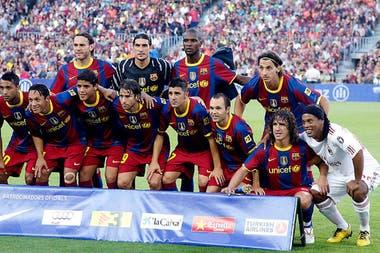 Barcelona se rindió a los pies de Ronaldinho - LA NACION