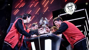 El festejo del equipo Kaos Latin Gamers en la final regional del League of Legends