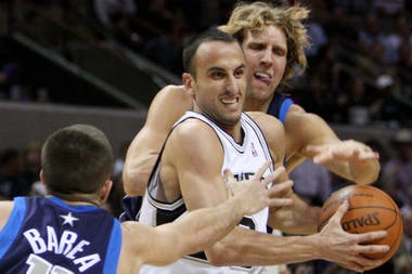 2009, la fuerza de Manu ante Dallas Mavericks