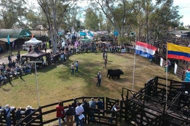 La pista central del predio de la Sociedad Rural del Chaco