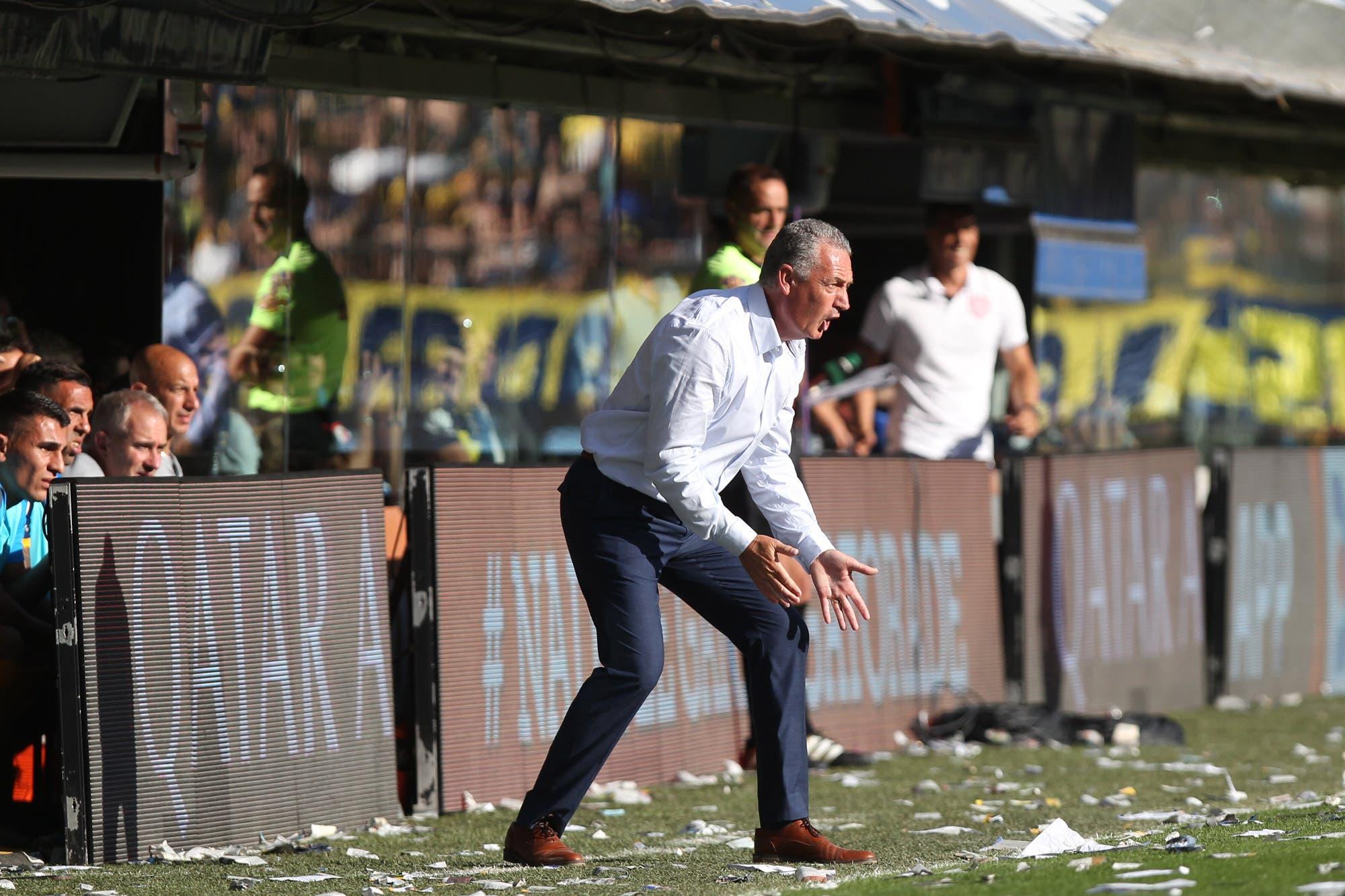 Alfaro juega en la política de Boca: qué condición puso para seguir en el club