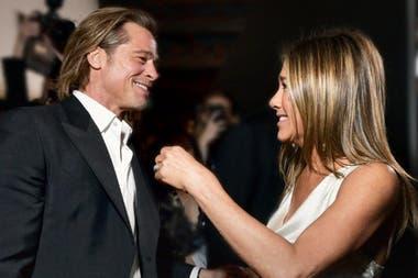 Brad Pitt y Jennifer Aniston cuando se cruzaron en la entrega de los premios del Sindicato de Actores en Los Ángeles