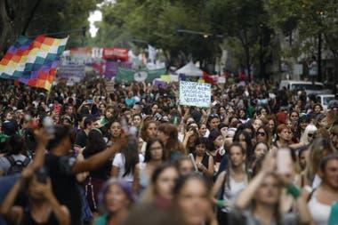 Comienza la movilización por el paro internacional de mujeres
