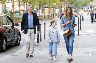 Macri y su familia, en París