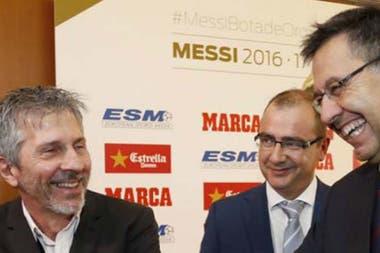Otros tiempos: Jorge Messi y Bartomeu se ríen en una entrega de premios pasada