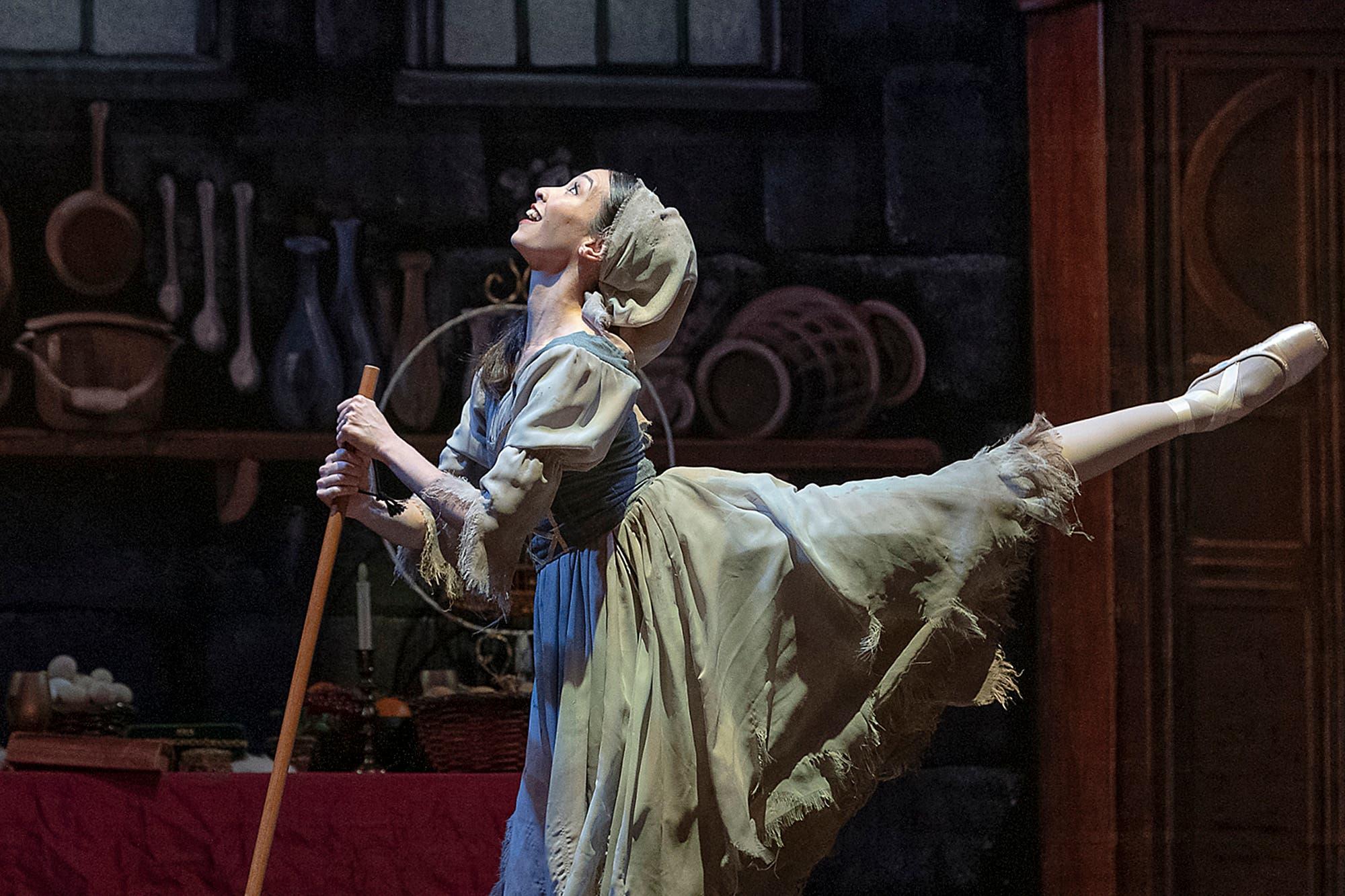 La Cenicienta en el Teatro Colón: cuando el ballet le saca partido al amor y al humor