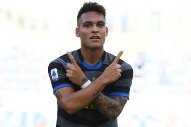 Lautaro Martinez festeja su gol frente a Lazio