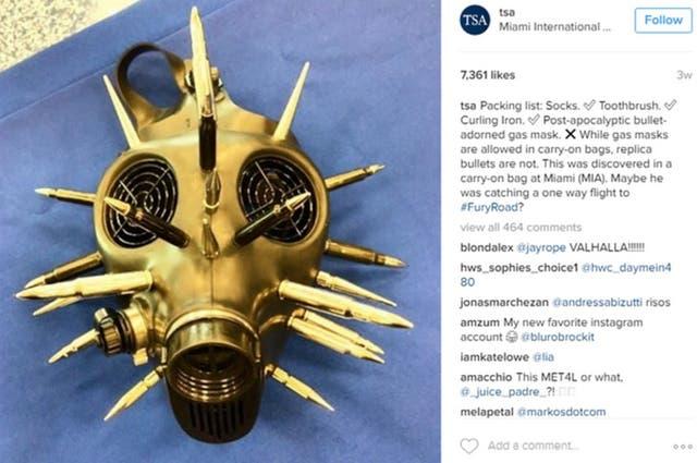¿Quién no trataría de llevar en su vuelo una máscara de gas postapocalíptica adornada con balas? A un viajero de Miami le pareció lo más adecuado