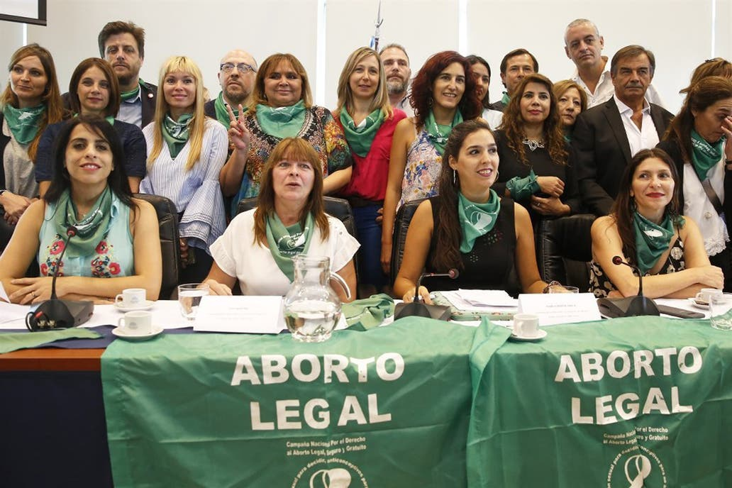 aborts are legal Legal abortions protect women's health: the availability of legal abortion has helped women to avert serious medical complications that could have resulted from childbirth.