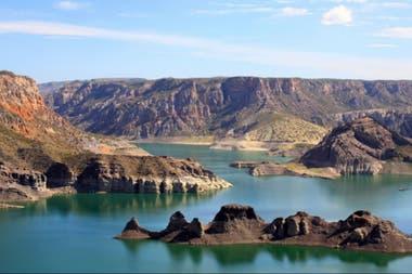 Una formación geológica del embalse Valle Grande, en San Rafael, recibirá el nombre de la nave desaparecida