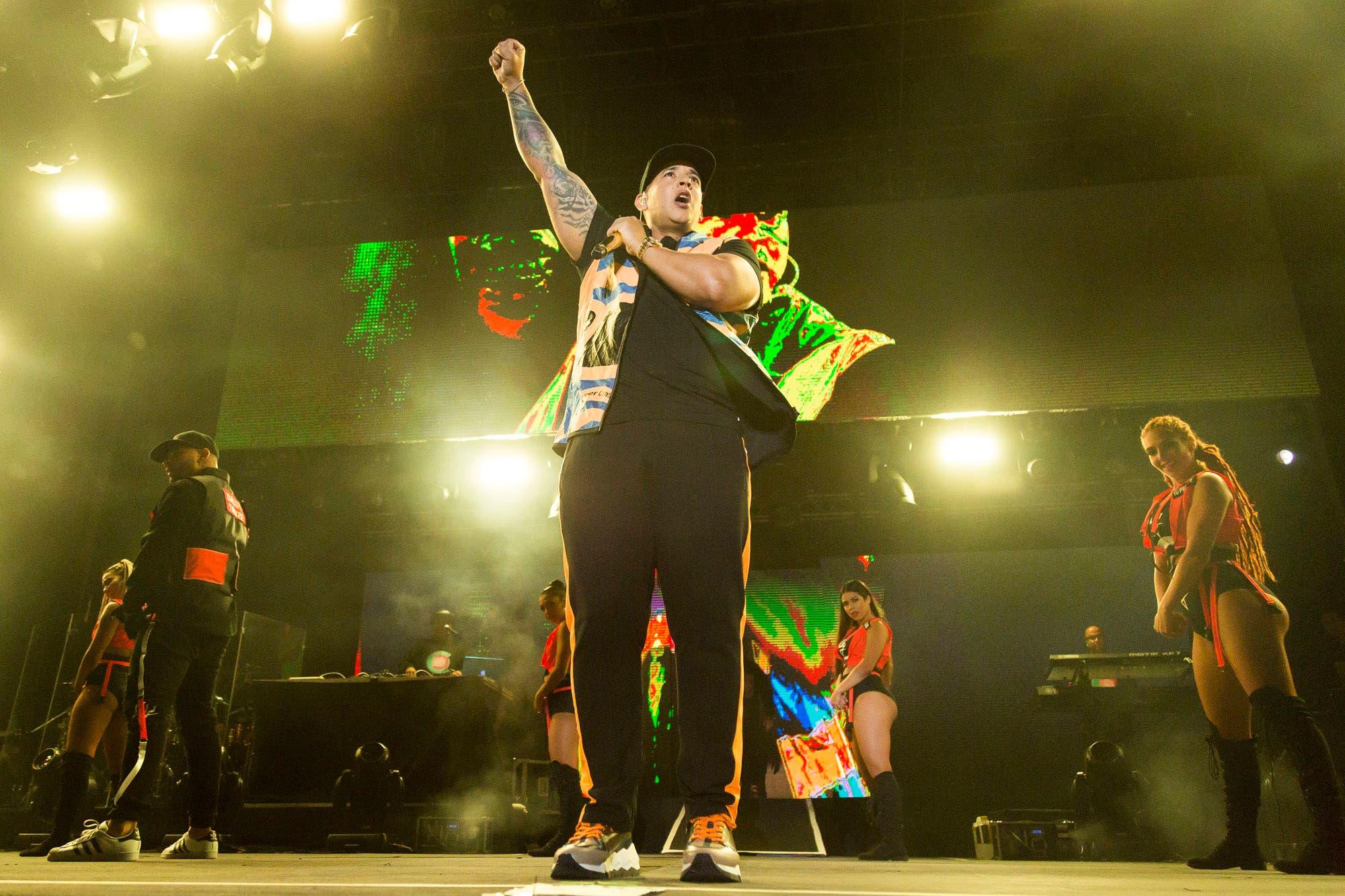 Daddy Yankee cautivó con sus hits urbanos en GEBA