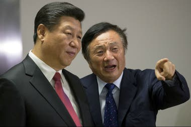 Xi Jinping en la sede de Huawei en Londres