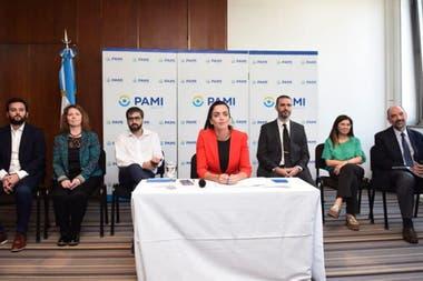 La directora ejecutiva de PAMI, Luana Volnovich, señaló que la Ciudad es la zona más complicada en cuanto a la disponibilidad de camas de esa obra social