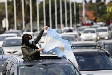 Tigre. Unos 700 automóviles formaron parte de la caravana que pidió la apertura de más actividades