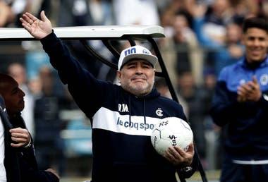 Diego Maradona: un diez, diez meses, diez momentos