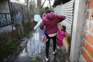 La pobreza está siempre al acecho entre los habitantes más vulnerables de la región