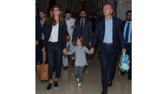 Macri, acompañado de su familia, llegó a Dubai como escala previa a su visita a China y Japón