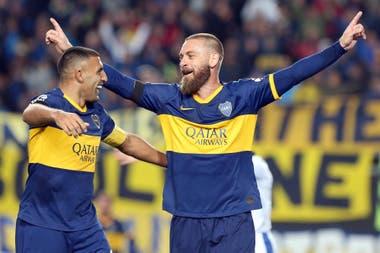 """Debut y gol, contra Almagro, pero el buen comienzo no se iba a extender... """"Hablo con todos, pero Franco [Soldano], 'Cali' [Izquierdoz] y Paolo Golz están en mi corazón. Me ayudaron, nos acoplamos fácil, en una semana ya sentía que los conocía de siempre"""", relata De Rossi"""
