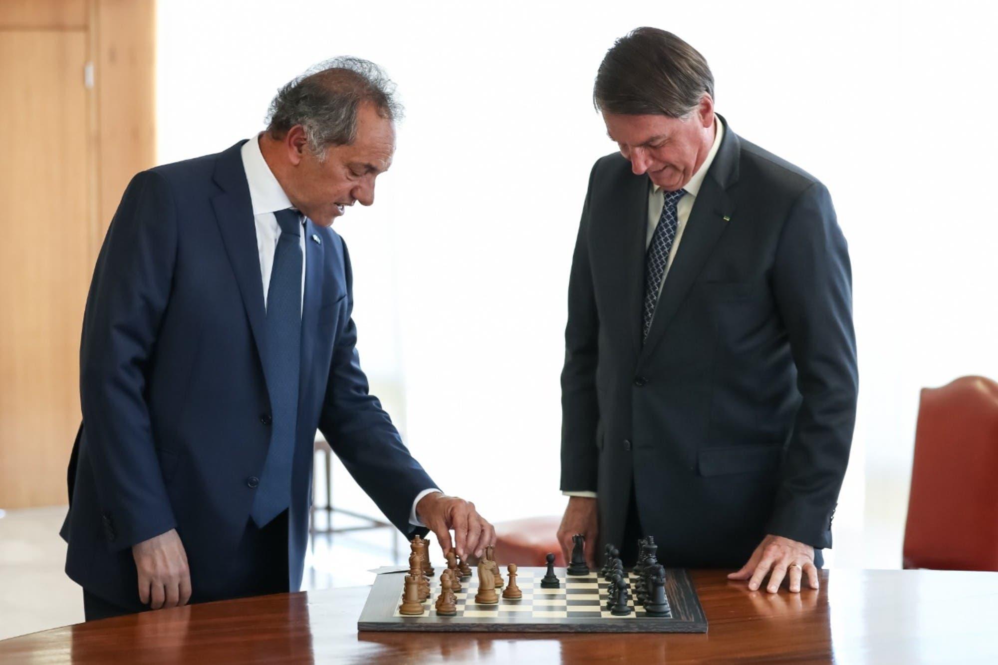 Jair Bolsonaro recibió a Daniel Scioli y dijo que quiere encontrarse con Alberto Fernández antes de fin de año