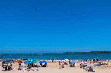 Una de las playas de Punta del Este en esta temporada