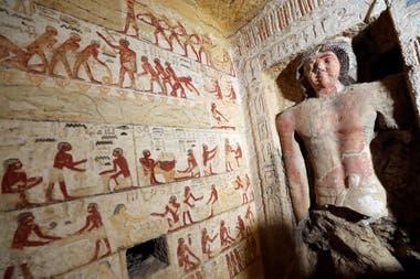 El sitio arqueológico Saqqara es una importante necrópolis con tumbas de más de 6.000 años de antigüedad