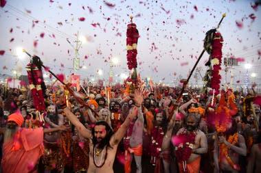 Las muertes se dieron en medio de la festividad hinduista Kumbh Mela