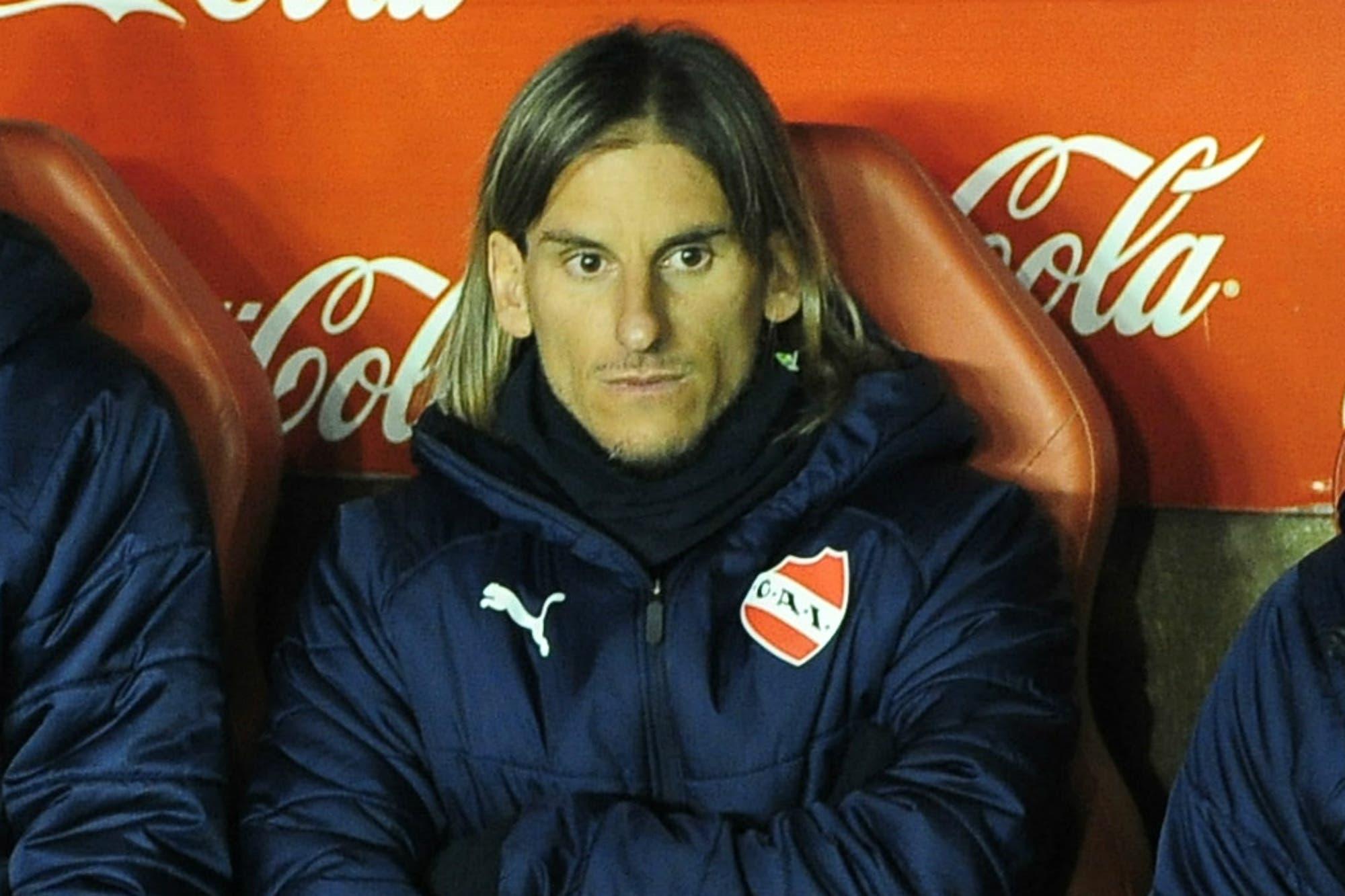 Beccacece no pegó una en Independiente y lo empujaron a irse antes del próximo error