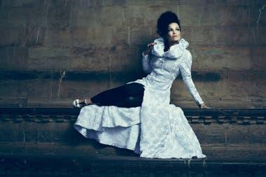 Tarja Turunen está casada con el argentino Marcelo Cabuli, con quien vivió varios años en Buenos Aires; ahora regresa para presentarse este sábado en El Teatro de Flores