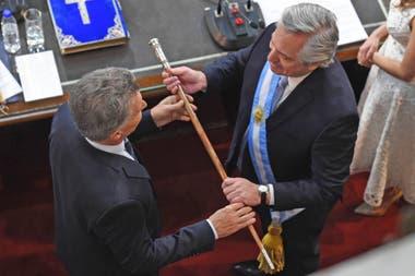 Alberto Fernández recibe el Bastón Presidencial