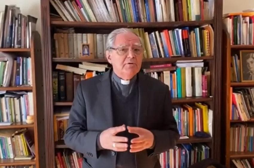 """Coronavirus: la Iglesia pidió celebrar en cada casa una """"Pascua inédita"""", sin público ni procesiones"""