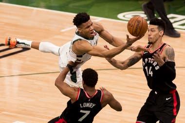 Giannis Antetokounmpo, el último MVP de la NBA, intentará llevar a Milwakee Bucks al título